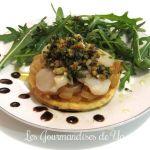 Tartelettes croustillantes : oignons sauternes, saint-jacques, ciboulette et noix LGY