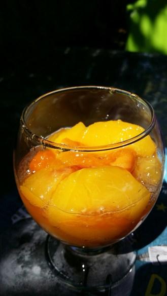 Abricots et pêches au sirop