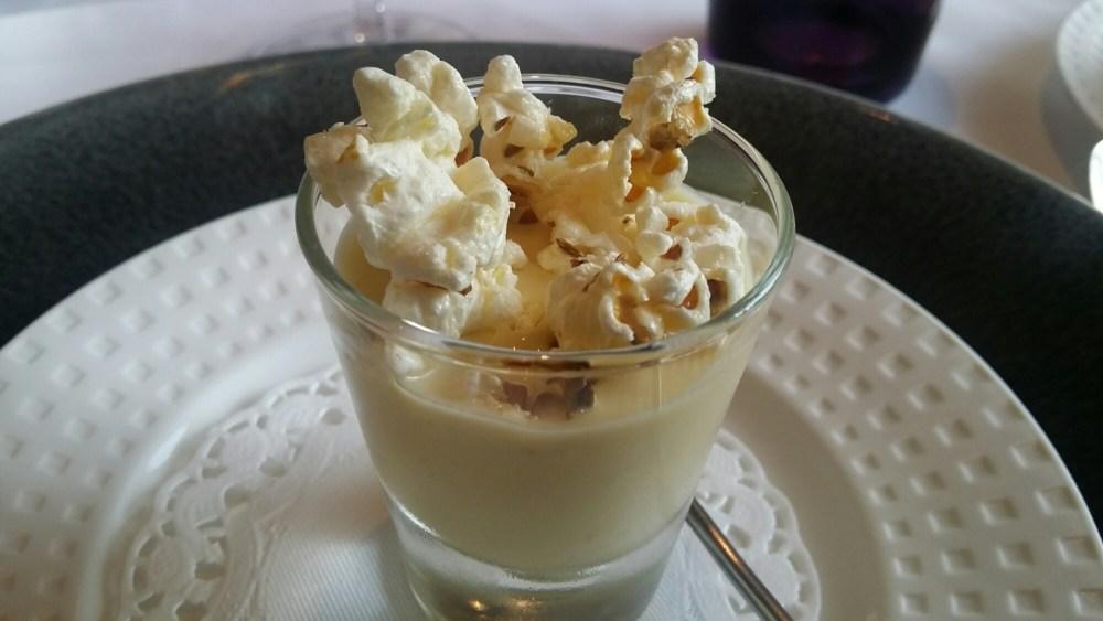Crème de maïs au popcorn