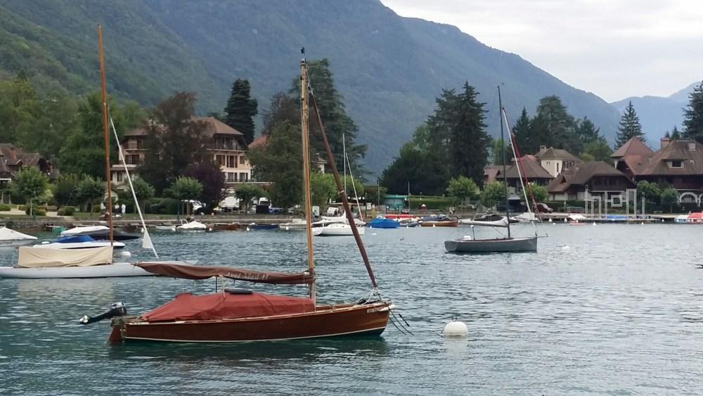 petit bateau...