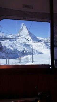 Sans perdre de vue le Matterhorn...