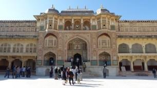 La porte menant aux appartements du Maharaja (Ganesh Pol)
