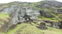 Moai en cours d'extraction