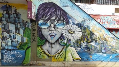 Peinture de rue sur un escalator