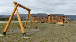 Cette aire de jeu (ultra-classe!) juste à côté de la réserve a de quoi nous faire retomber en enfance!