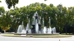 La fontaine des continents, dans le parc San Martin