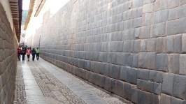 Un mur inca dans les rues de Cusco