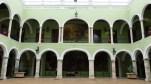 Le patio du Palais du gouvernement