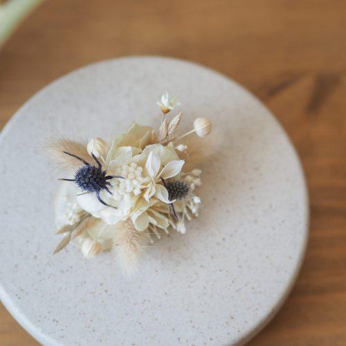 Mini-peigne blanc bleu