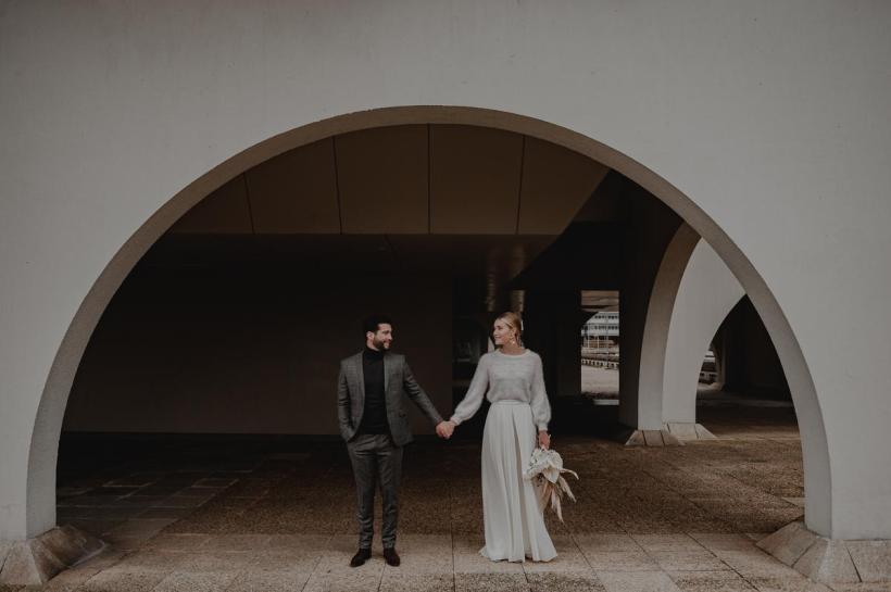 Couple de mariés à Bordeaux