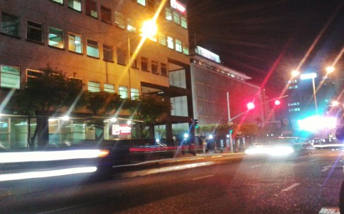 Knutsford Boulevard at night, Kingston