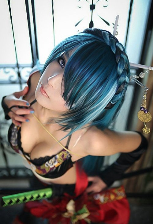 sexy vocaloid knife cosplay 03