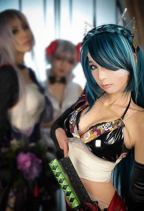 sexy vocaloid knife cosplay 08