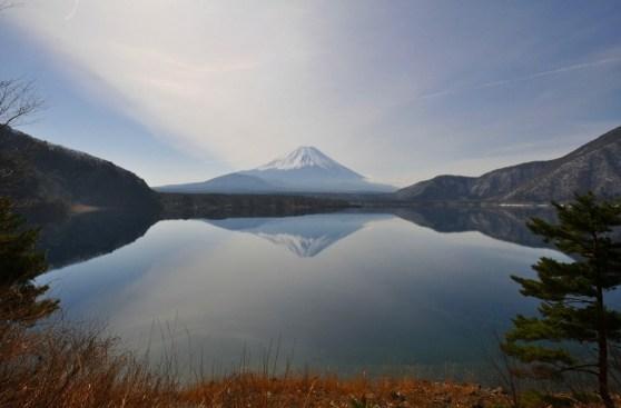 Lac Motosu, repos devant le Fuji-san