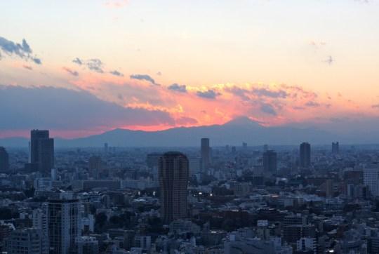 Coucher de soleil sur le mont Fuji, par Kevin Doley.