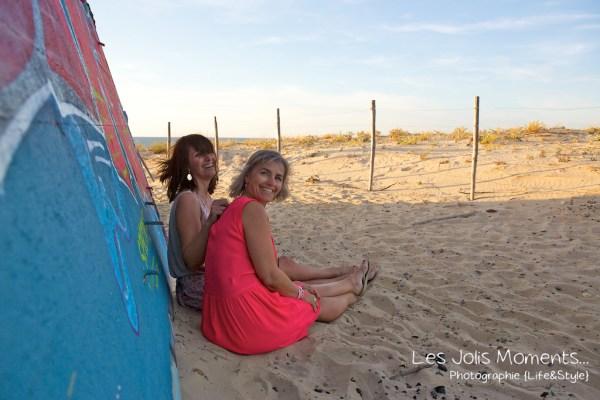 seance-photo-entre-amies-sur-la-plage-7-1