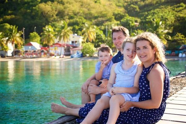 Seance grande famille sur la plage de Grande Anse 3