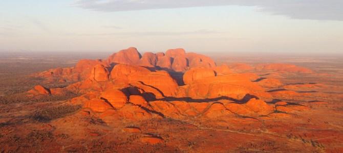 Monograms Travel – Wonders of Australia