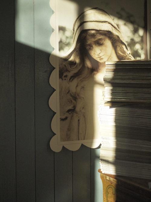 magazine-corner