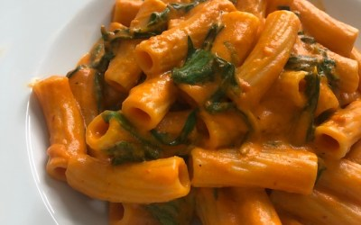 Pasta with Creamy Red Bell Pepper Sauce