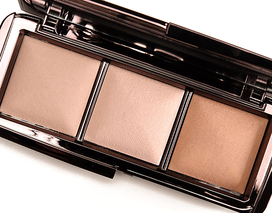 Incandescent Light exclusive to the Hourglass Ambient Lighting Palette