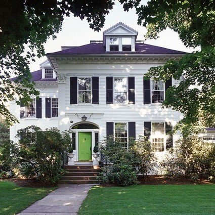 Chic Curb Appeal