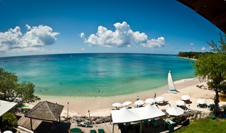 A panoramic image of the beach in front of Mango Bay
