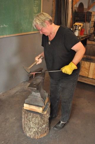 Leslie Tharp Blacksmithing Workshop