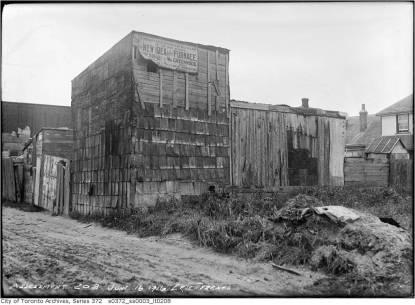 19160616tarch-erie-terrace4