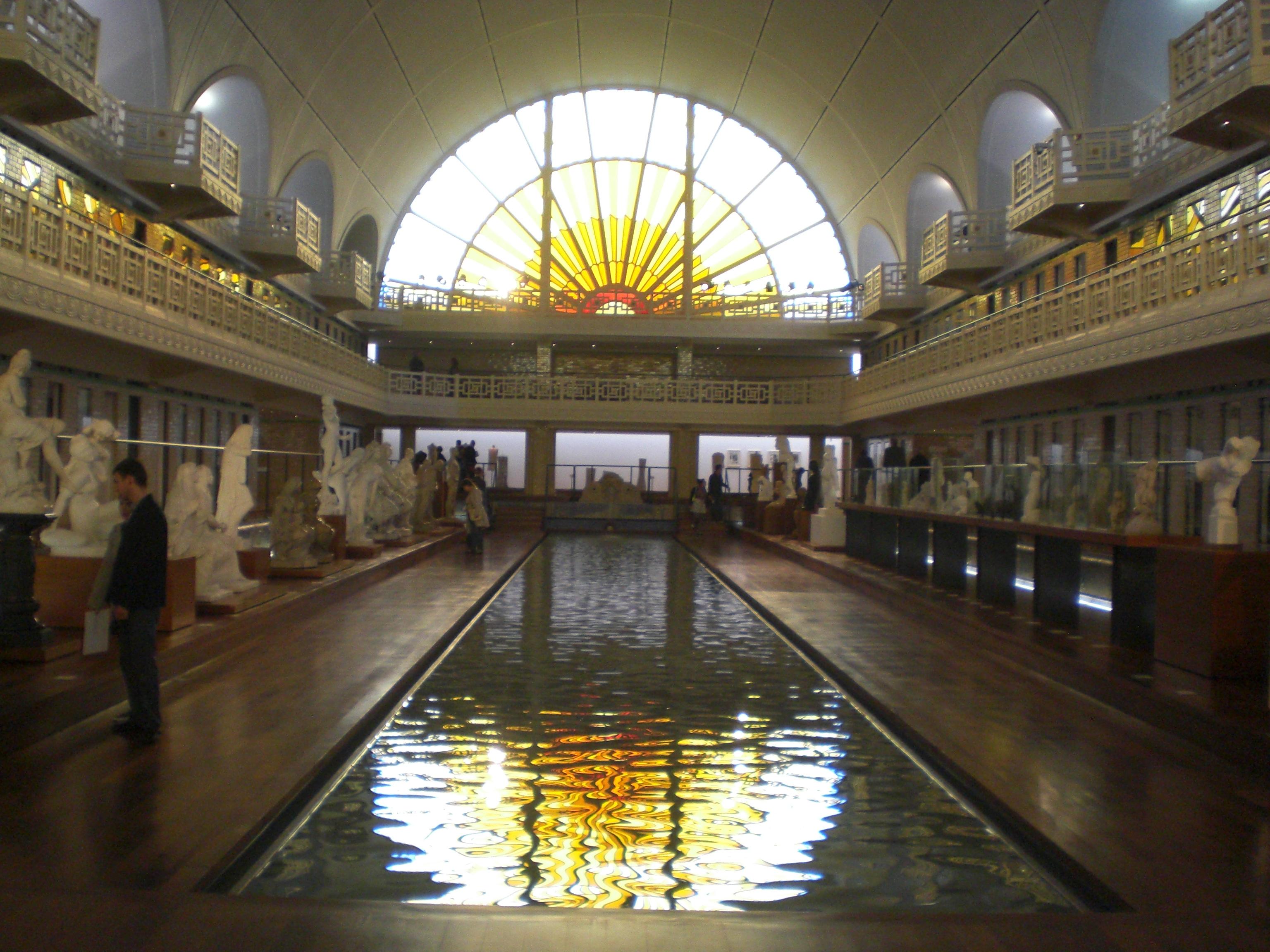 La piscine de Roubaix  les lilloises