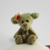 Mon petit ours Ladybird qui me surveille ♥