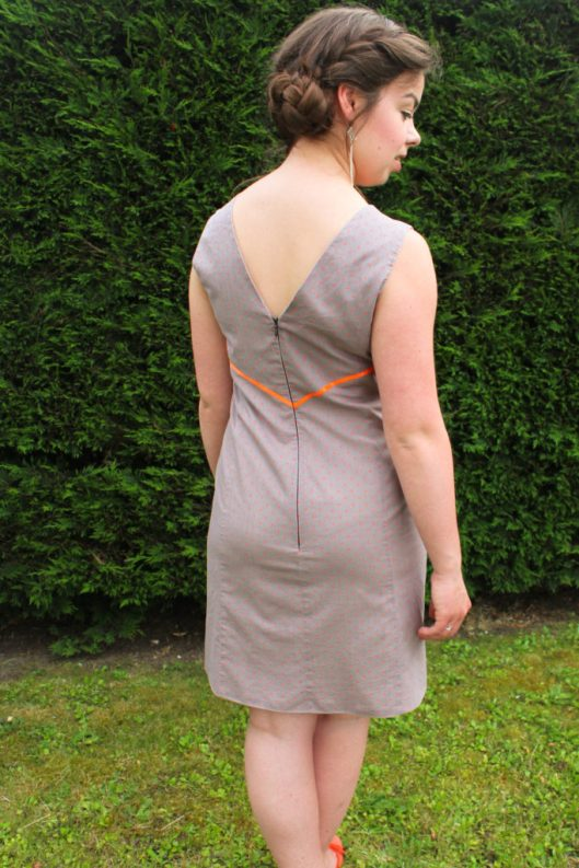 Robe à pois et détails fluo - Les lubies de louise (6 sur 7)
