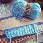 J'ai appris à tricoter, merci maman ♥