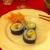 Soirée sushi maison entre amis