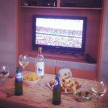 Ce n'est pas que j'aime le foot, mais j'aime les soirées entre amis ;)