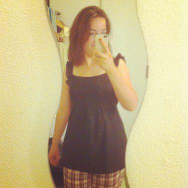 Essayer un top sur son pyjama... :P