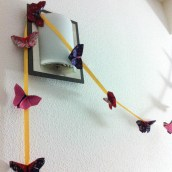 Une guirlande de papillons pour le magasin