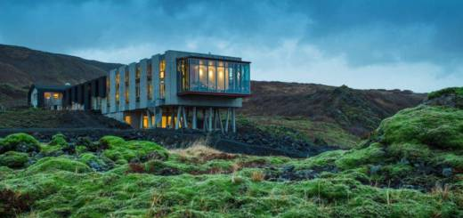 Eco-Conscious-Hotel-in-Iceland1-900x529