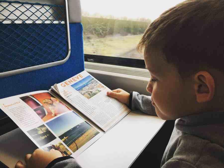 Axel dans le train