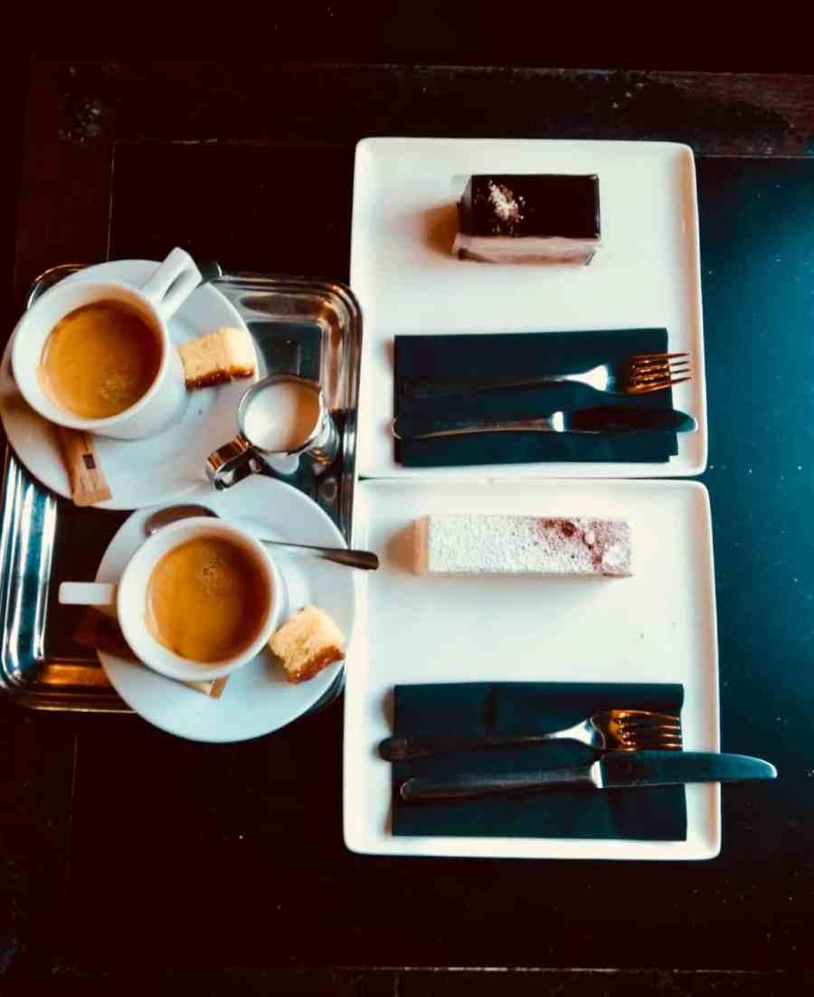 pâtisserie-académie-bruges-salondethe-cafe