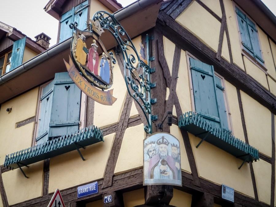 route des vins-alsace-france-ribeauville-enseigne