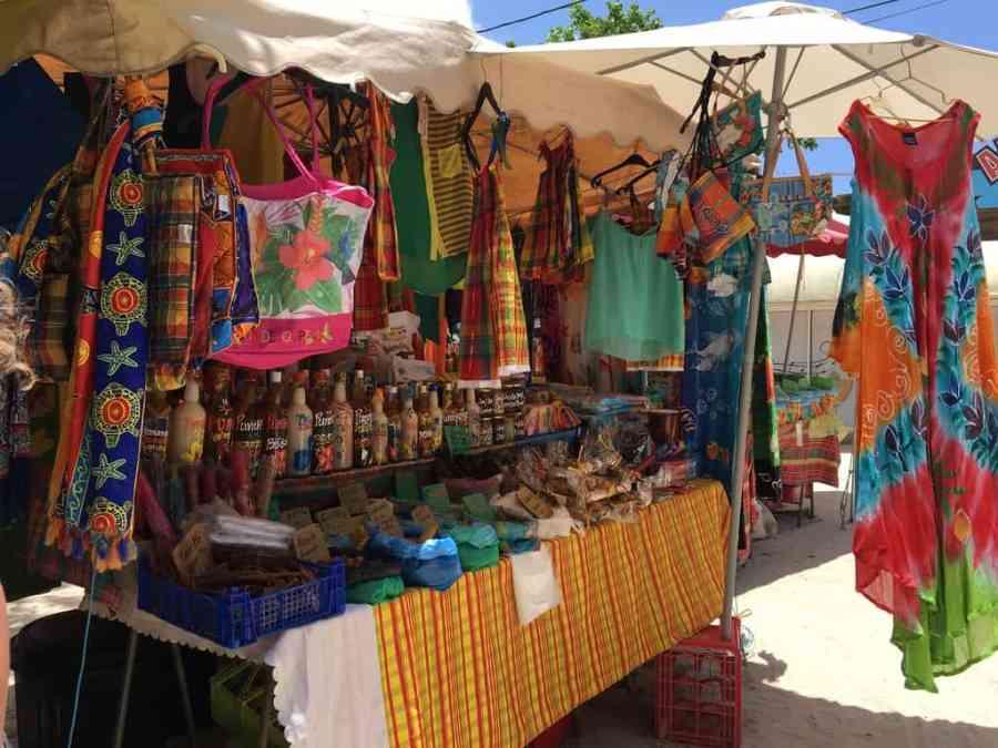 marché-sainte anne-guadeloupe-caraibes-madras-pareos-plage