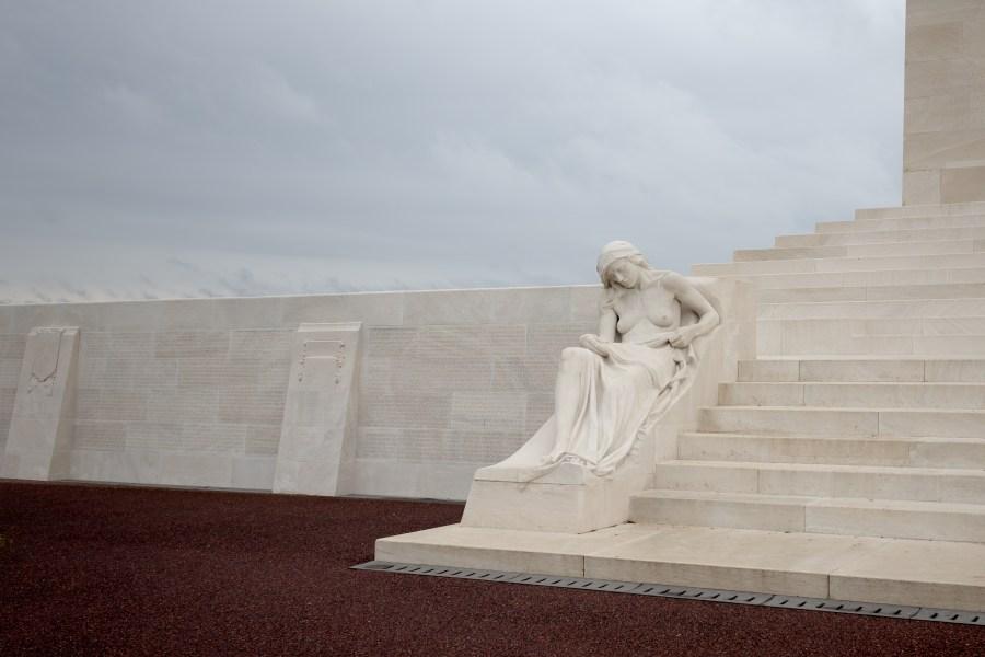 blogtrip-enfranceaussi-enfrancealens-vimy-monument-canadien