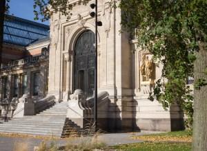 valenciennes-hainaut-visites mystères-autour du louvre lens-musee-beaux arts-architecture-façade