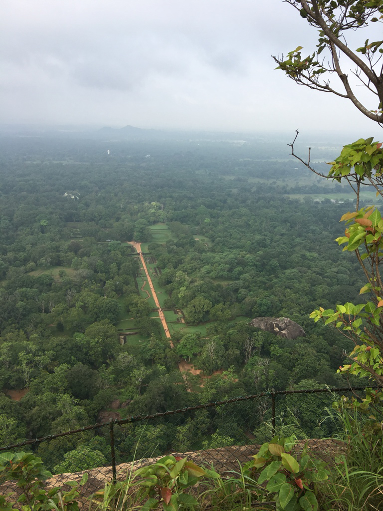 Sommet du rocher du lion à Sigiriya