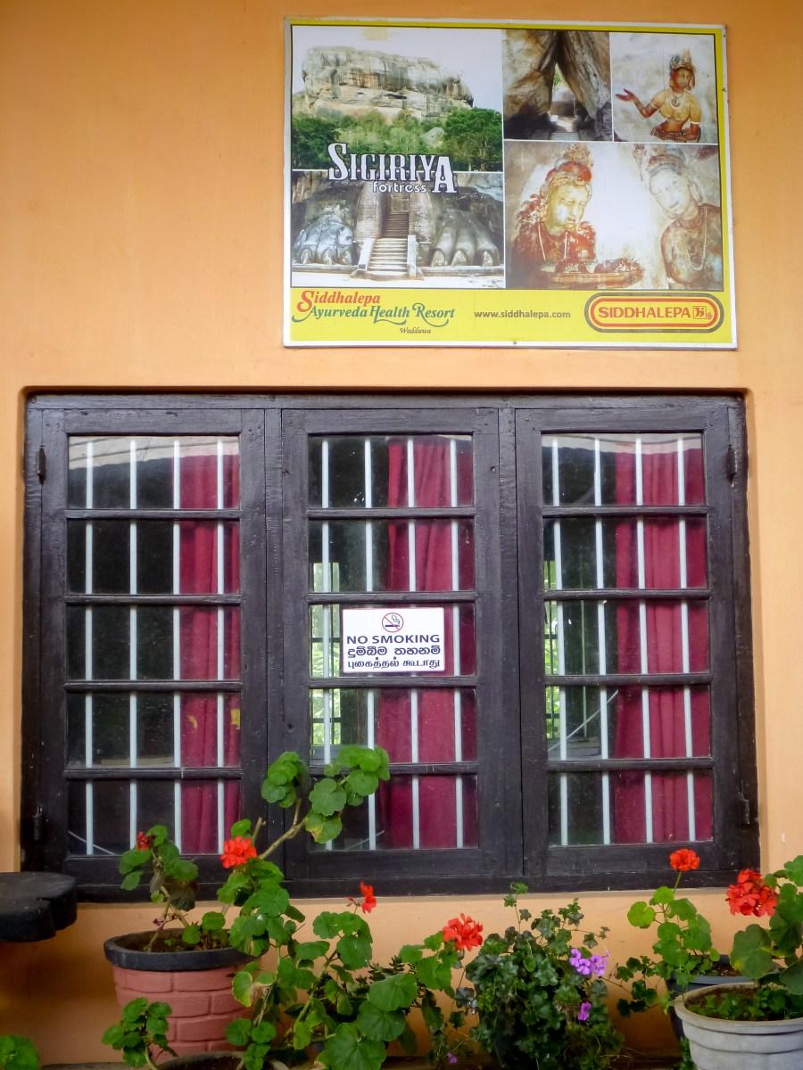 Quai de la gare au Sri Lanka