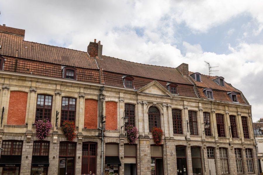 Les façades de la ville de Douai