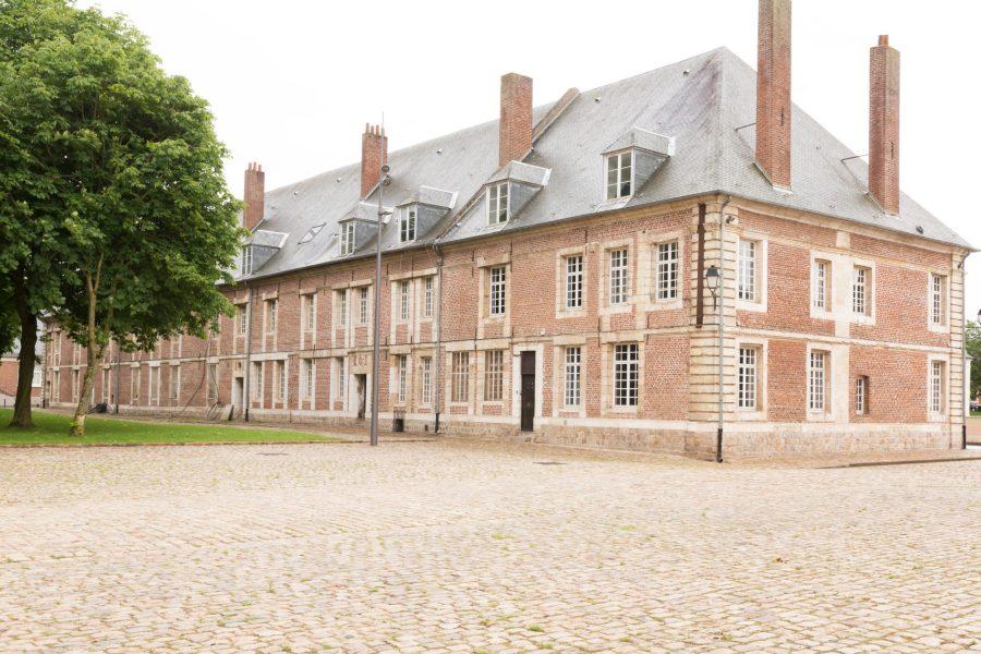 Les bâtiments annexes de la citadelle d'Arras