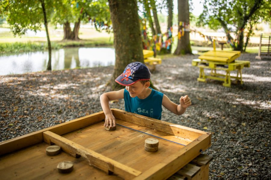 Jeux en bois au domaine de Vendresse