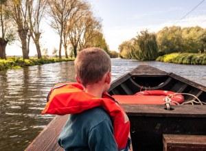 Balade en barque sur les marais de Saint-Omer